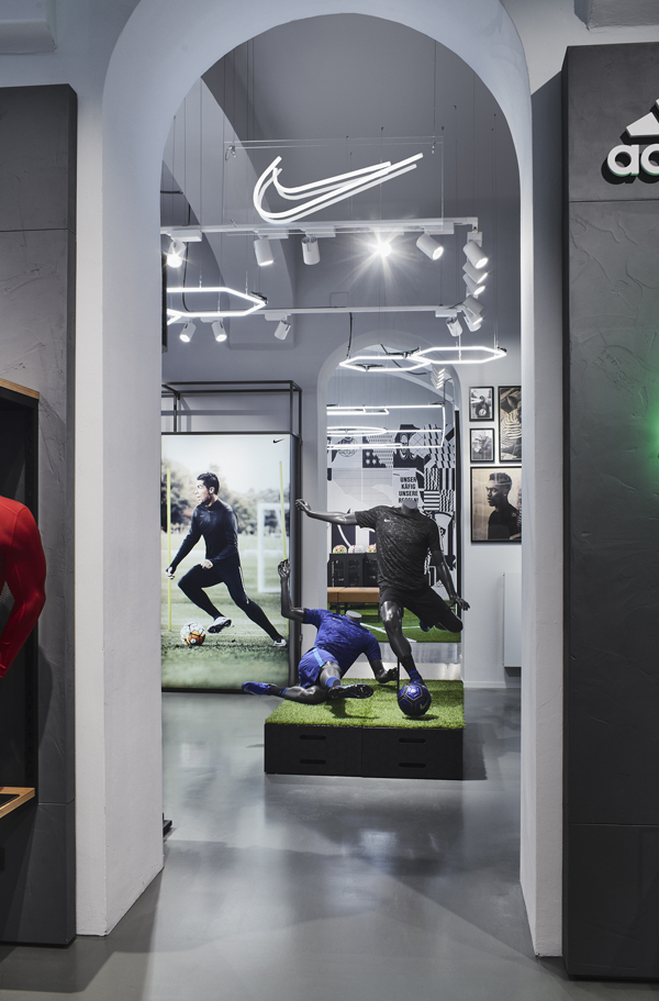 160507-Nike-Soccercity-Wien-15-SCREEN